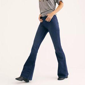 Free People Penny Pull on Flare Jeans NWT 26